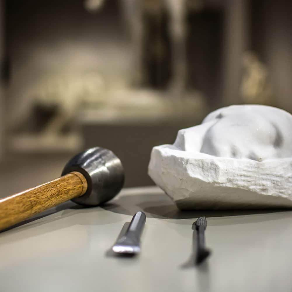 Taktile Reproduktionen von Skulpturen, die im Musée Camille Claudel ausgestellt sind - © Abril Jimena Marin Barruecos